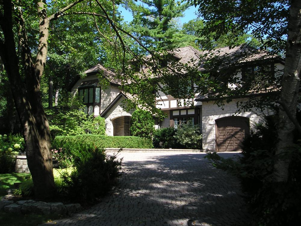 tudor tyle house west mineola