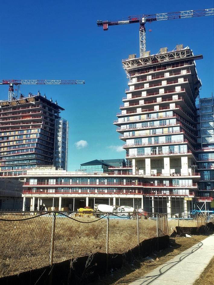 new condo construction mississauga