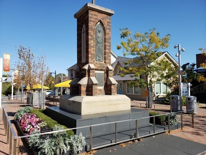streetsville cenotaph mississauga