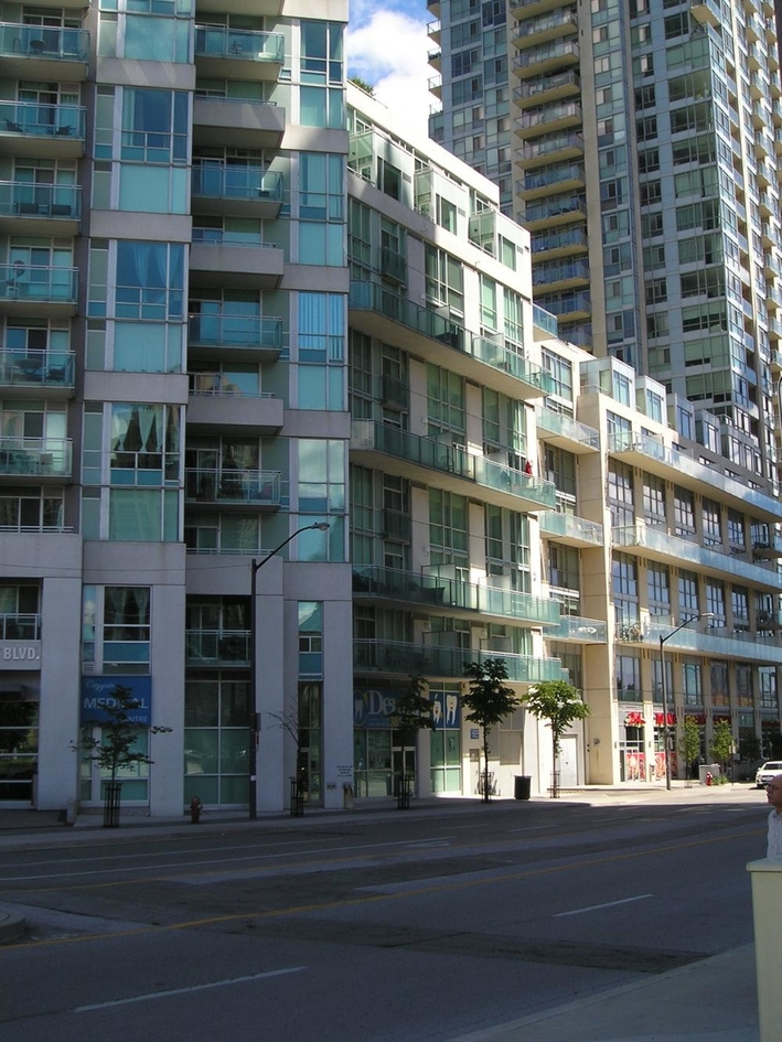 citygate condos 3939 duke of york square one