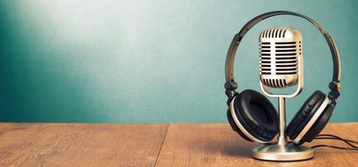 real estate podcast toronto headphones mic